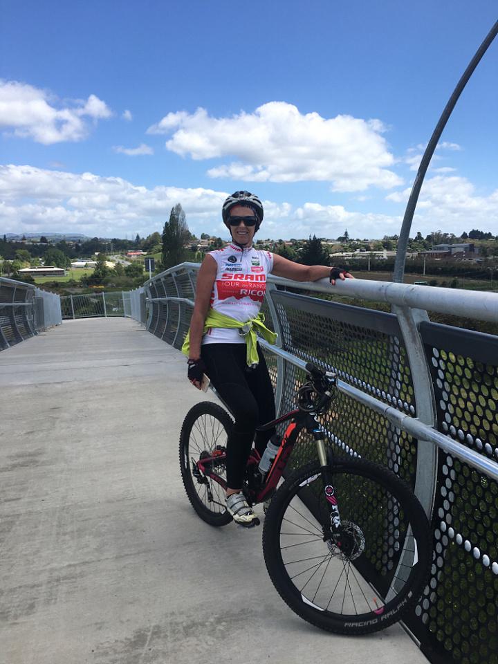 New Cycle over ridge. Tauranga | westieboy62 | Blipfoto