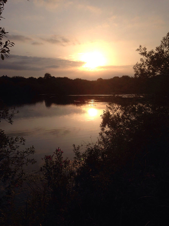 Sunset Over The Lodge Northernsky Blipfoto